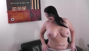 brunette anal stor rumpe store pupper creampie