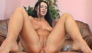 Chicks twat is full of needs after sex toy playing