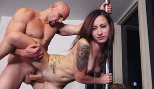 Taut amateur babe pounded in doggystyle