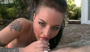 Christy Mack is engulfing dick for money