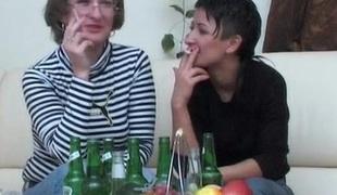 lesbisk briller moden gammel og ung