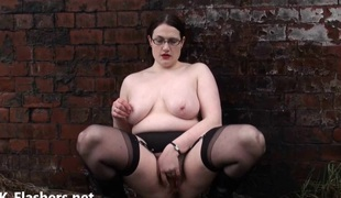 Overweight amateur exhibitionist Alyss