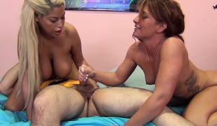 Sultry babes Bridgette B and Savannah Fox wildly fucking a big stick