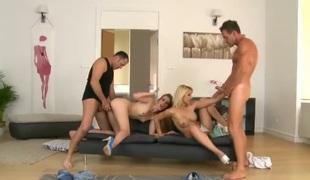 barbert puppene blonde lesbisk gruppe
