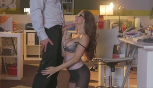 Lecherous secretary Nina North gives blowjob to hawt office worker