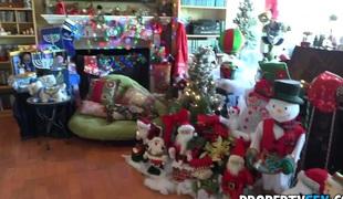 PropertySex Home Buyer Enjoys Holiday Gift Of Nailing Katy Jayne