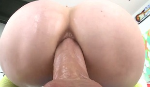 Lauren Phillips asks her guy to fuck her sweet mouth