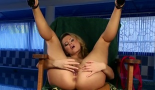 Zoe McDonald loses control after taking fingers in her pussy