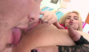 store pupper pornostjerne blowjob ass curvy