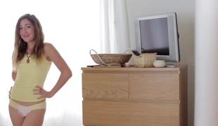 amatør tenåring brunette truser creampie