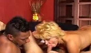 Hot MILF Bi sexual Three Way