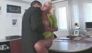 Jaw-droppingly marvelous secretary is having spontaneous sex with her boss