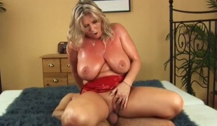 Drilling a milf so hard she acquires sweaty