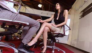 Divine Shay Evans has her feet licked and her snatch team-fucked