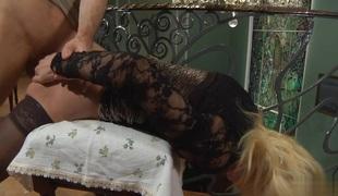 anal blonde blowjob strømper ass