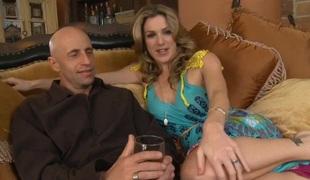 Kayla Paige & Barry Scott in Neighbor Affair