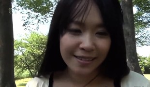 Legal age teenager oriental pussy closeup