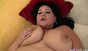 Bulky hottie gives him head and puts her big body on his to fuck